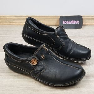Clarks Ashland Glow Loafer Black Leather Slip on